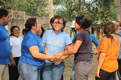Learning to Live Together Communities of Practice in El Salvador